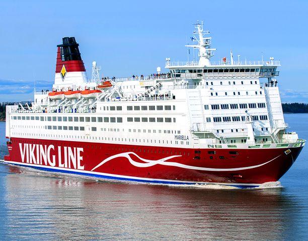 Yllättävä tilanne tapahtui Viking Gracella maanantai-iltana. Kuvituskuvassa Viking Mariella.