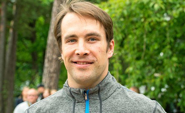 35-vuotias Tuomo Ruutu alkaa valmentaa Nuoria Leijonia.