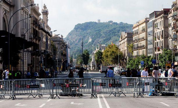 Tiistain puheeseen oli valmistauduttu Barcelonassa sulkemalla katuja.