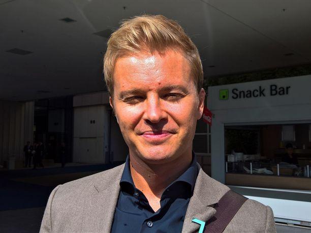 Nico Rosberg kävi auto-ostoksilla.