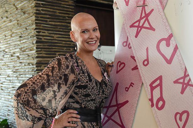 Heidi Sohlberg oli mukana Roosa nauha -kampanjassa.