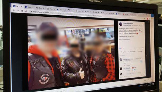 Suomalaiskerhon johtajaksi nimetty mies (vas.) otettiin lämpimästi vastaan. Fb-sivuilla hän esiintyy yhdessä sveitsiläis- ja ranskalaisveljiensä kanssa.
