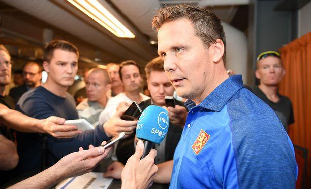 Lauri Marjamäki vei kaukalokommenteillaan median huomion pois oleellisesta.