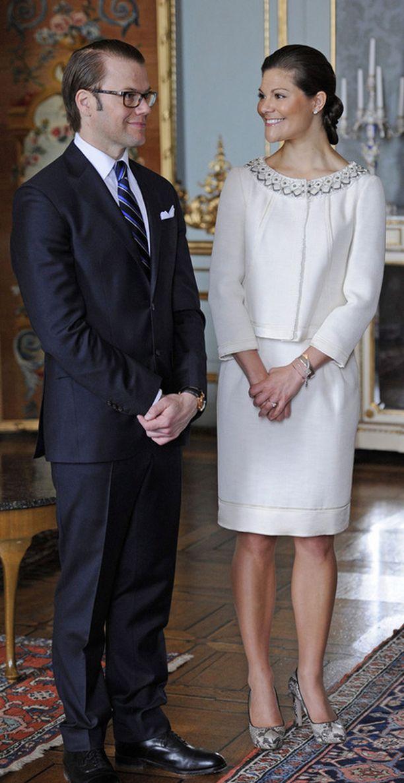 Moni muu kuningashuone lähettää päämiehensä Victorian ja Danielin häihin.