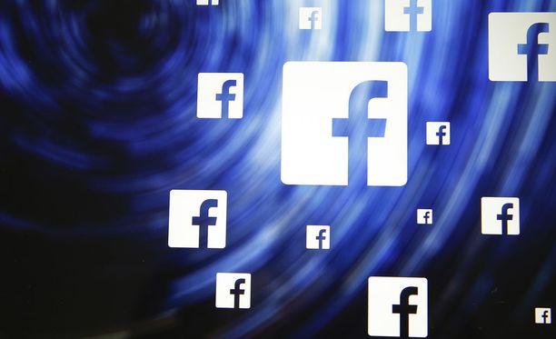 Facebookissa kiertää perätön ketjuviesti.