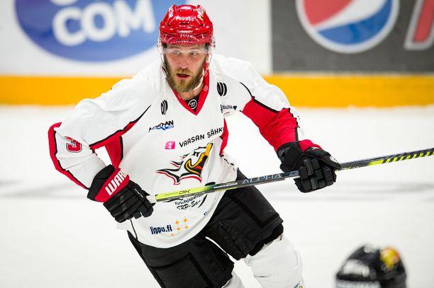 Jonne Virtanen siirtyi keväällä Tanskasta Vaasan Sportiin tämän kauden kattavalla sopimuksella.