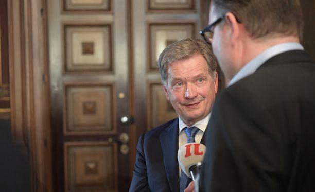 Sauli Niinistö iloitsi IL-TV:n haastattelussa.