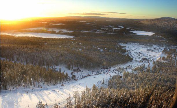 Kuvassa Levi-keskus talvella 2103.