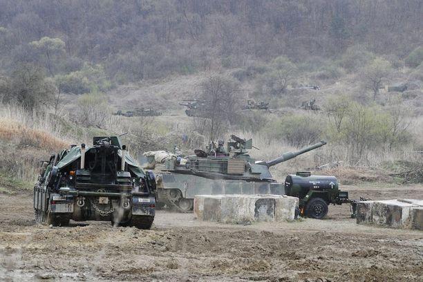 Yhdysvaltain armeija on harjoitellut Etelä-Korean puolella Pohjois-Korean mahdollisen hyökkäyksen varalta.