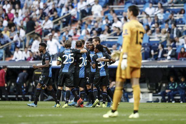 Real Madridin maalivahti Thibaut Courtois tippui penkille surkean avausjakson jälkeen.