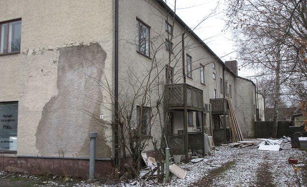 Isännöitsijä kiinteistö Oy Kuusikuja 2:n yhtiövastikkeita yli 50 000 euroa.