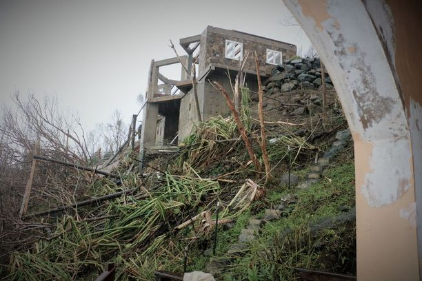 Putleyn perheen naapureiden talosta lähti katto irti.