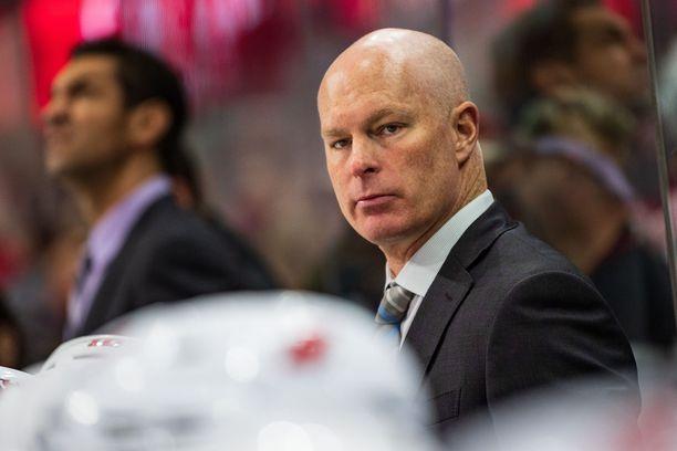 John Hynesin työt New Jersey Devilsissä päättyivät syksyllä potkuihin. Nyt odottaa uusi haaste Nashvillessä.