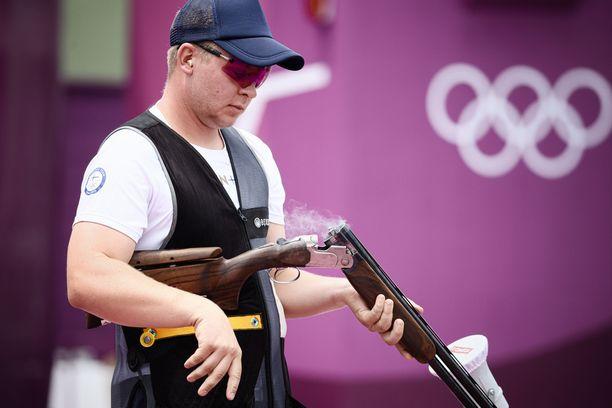 Eetu Kallioinen on lähellä skeetin olympiafinaalia.