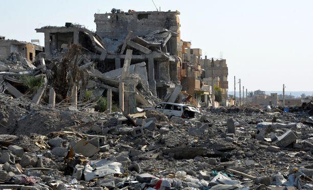 Isisin terroristit pakotettiin viime vuonna ulos Raqqasta. Kuva on lokakuulta.