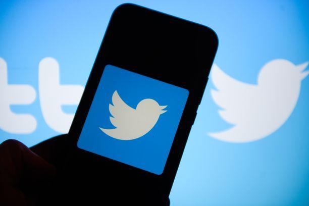 Virkamiehen kohutviitti ei ole sisäministeriön kannanotto. Päivitys on julkaistu kirjoittajan omalla Twitter-tilillä.