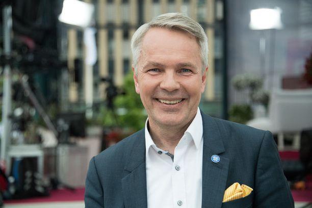 Pekka Haaviston mukaan Niinistön kannanottoa perussuomalaisten puheenjohtajavalintaan epäsopivana.