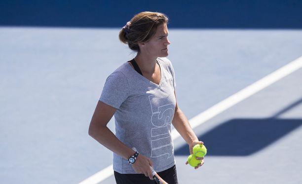 Amelie Mauresmo haukkui nuorten ATP-finaaliarvonnan lyttyyn.