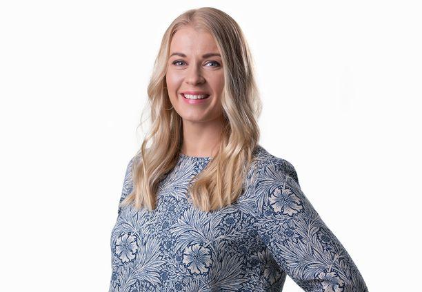 Monika Lindeman palasi äitiyslomalta näyttelemään Linda Eerikäistä.