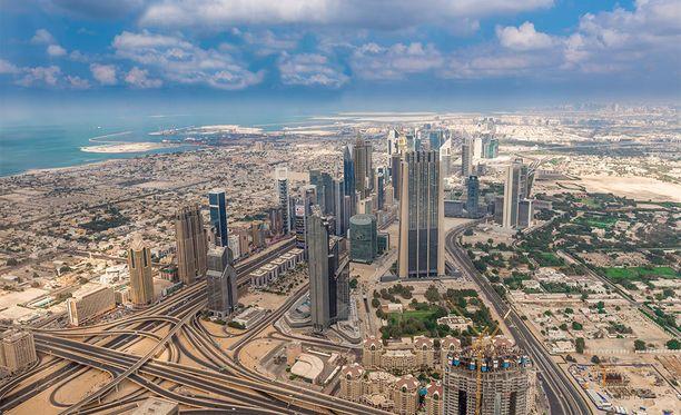 Dubai on tunnettu paitsi eksoottisesta kulttuurista myös hulppeasta luksuselämästä ja pehmeähiekkaisista rannoista.