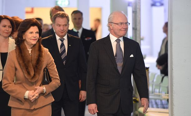 Kuningatar Silvia ja kuningas Kaarle Kustaa vierailivat Suomessa vuonna 2015.