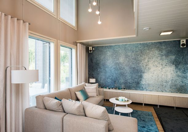Deko 165:n olohuone on sisustettu sinisen sävyillä.