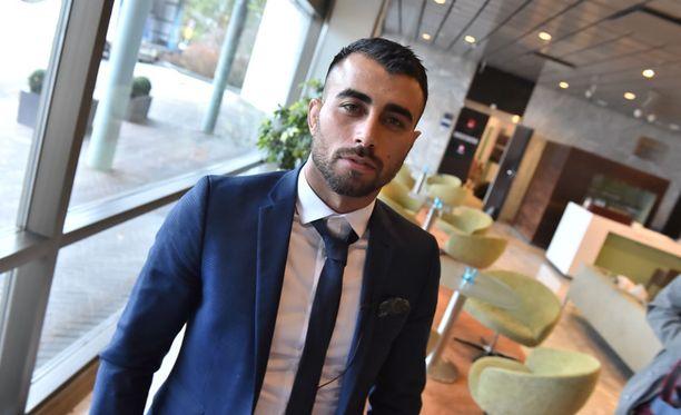 Makwan Amirkhani kertoo, että hän meinasi luovuttaa, kun peukalo murtui.