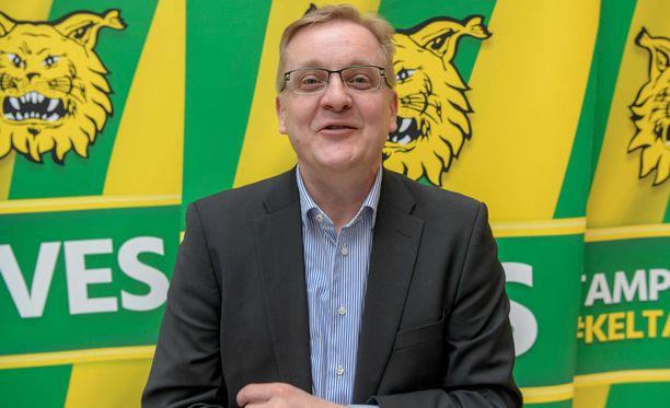 Päävalmentaja Jarkko Wiss saa Ilveksestä paljon irti.