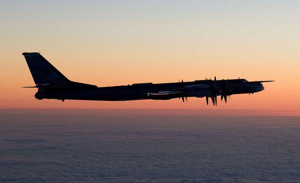 """Tu-95-pommikone tunnetaan Nato-koodinimellä bear - """"karhu"""". Arkistokuva."""