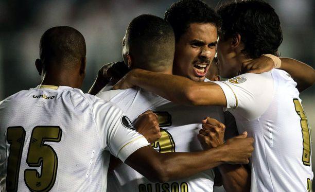Santos hakee voittoa Cearasta.