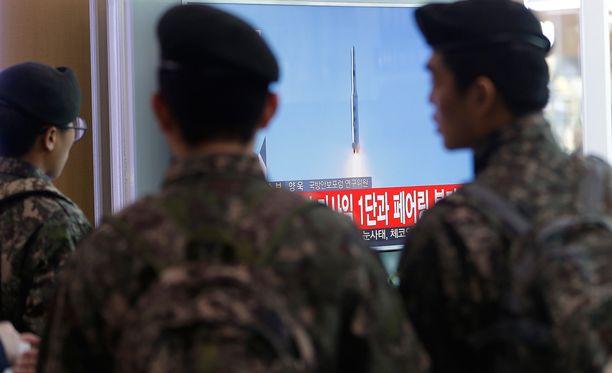 Laukaisu suututti välittömästi Pohjois-Korean naapurit.