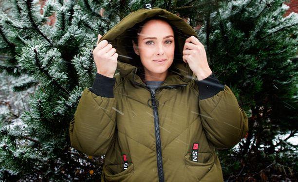 Anna Palmroth on jo käynyt tapaamassa Suomeen tulevia pandoja.