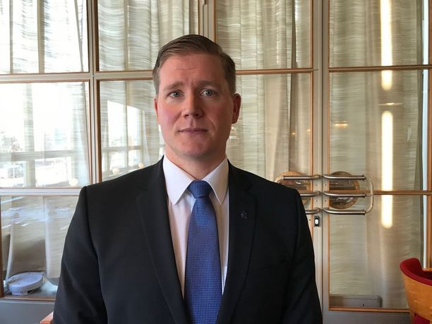 Jo nyt poliisilla jää hoitamatta vuosittain 100 000 hälytystehtävää. Poliisijärjestöjen liiton puheenjohtaja Jonne Rinne on tilanteesta huolissaan.