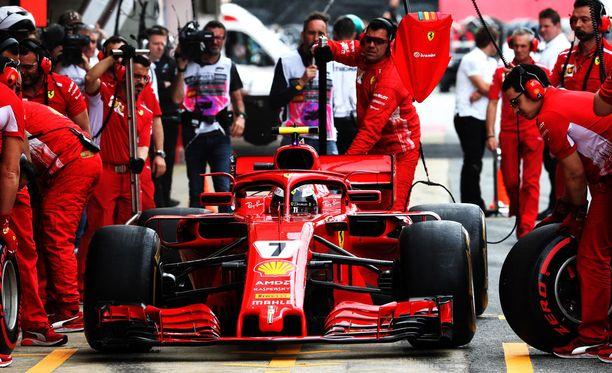 Kimi Räikkönen lähtee Espanjan GP:hen neljännestä ruudusta.