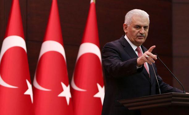 Turkin pääministeri Binali Yildirim veti sanansa korvausten maksamisesta Venäjälle takaisin.