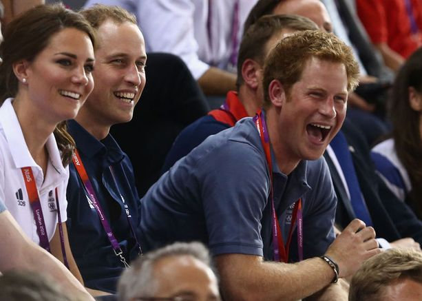 Myös prinssi Harry oli mukana katsomossa.