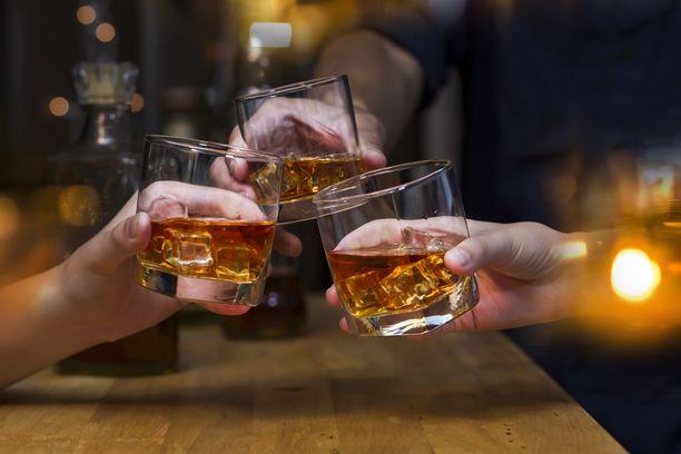 Tutkimuksen mukaan usein toistuva, mutta vähäinen alkoholinkäyttö on erityisen haitallista.