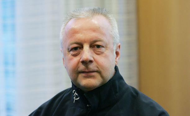 Suomen ammuntavalmentaja Asko Nuutinen sai sairauskohtauksen viime viikonloppuna Kontiolahden maailmancupissa.