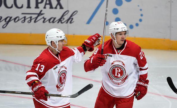 Jesse Mankinen ja Jaakko Rissanen olisivat voineet saada paremmankin startin Venäjän-keikalleen.