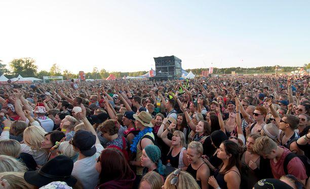 Kolmipäiväisessä Ruisrockissa vieraili lauantaina 35 000 festivaalikävijää.