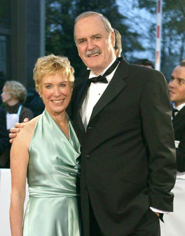John Cleese uskoi, että kolmas avioero menee yhtä sutjakkaasti kuin kaksi aiempaakin, mutta toisin kävi.