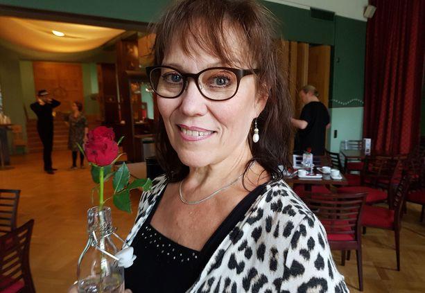 Tiina Brännare haki Valkeakosken teatterinjohtajan paikkaa. Majanlahti valittiin, mutta hänen menehtymisen myötä tilanne on nyt avoin.