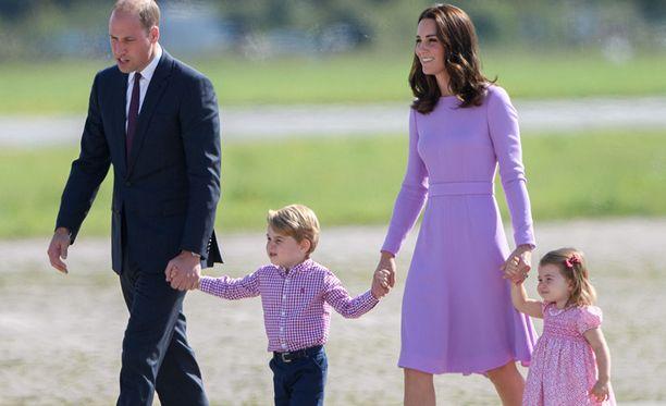 Kuninkaallinen perhe odotti uutta tulokasta innokkaasti.