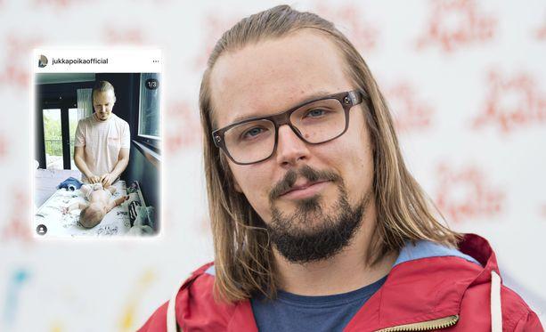 Jukka Poika harmittelee kestovaippailun lieveilmiötä, mutta onneksi someseuraajat antavat hyviä neuvoja.