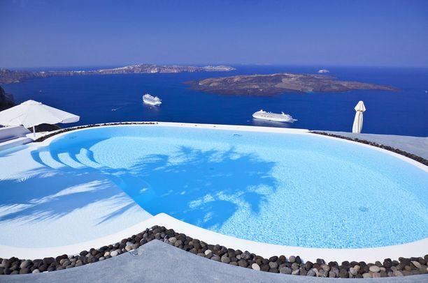 Kaunista sineä Kreikan Santorinilla.