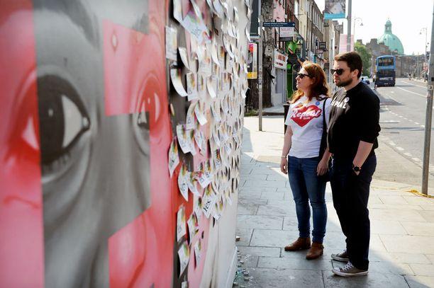 Lauantaina aborttioikeuden kannattajien odotetaan voittavan kansanäänestys Irlannissa.