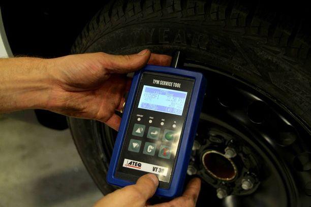 Nollaamisen jälkeen rengaspainejärjestelmä käy automaattisesti läpi noin 10 minuuttia kestävän oppimisprosessin.