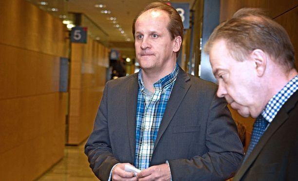 WinCapitan perustaja Hannu Kailajärvi hovioikeuden istunnossa vuonna 2012.