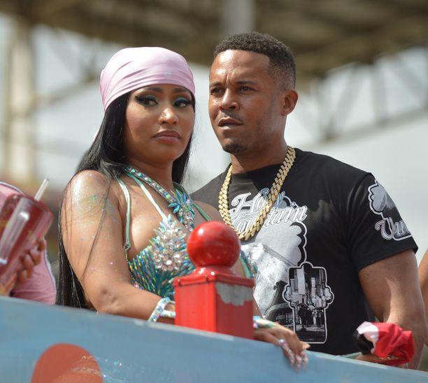 Nicki Minaj ja aviomies Kenneth Petty Trinidadin Mardi Gras -karnevaaleilla helmikuussa 2020. Kuva: AOP