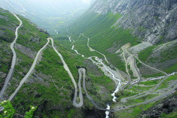 Trollstigen on yksi Norjan tunnetuimmista nähtävyyksistä.